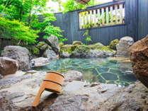 家族湯の露天風呂