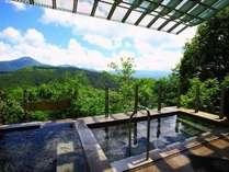 絶景露天風呂から望む八ヶ岳連峰