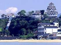 美しい海と唐津城に囲まれた渚館きむら