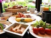 朝食ブッフェイメージ/約40種類以上と豊富なメニューをお楽しみください。