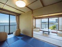 柴山潟が一望でき、白山連峰に上がる朝陽が望める絶景のお部屋70m級の大噴水と浮御堂も眼前に広がります
