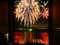 紫水館(角)部屋は目の前に花火♪8月連日連夜上がる花火は涼しいお部屋でごゆっくりと観賞は如何?!