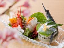 お造里一例:四季を味わう創作懐石(その日の新鮮魚介をご用意致します)