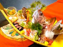 """◆金の舟盛り◆美味しい物に""""とことん""""こだわる宝生亭の舟盛り会席"""