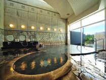 【本館 温泉(女湯)】榛名山は那須火山帯に属する標式的二重火山です。きめ細かくなめらかな泉質です。