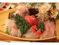 【2食付き】【刺身・煮付けの伊豆プラン】+ビーフシチュー♪客室檜風呂に!お酒のドリンクバー付き!