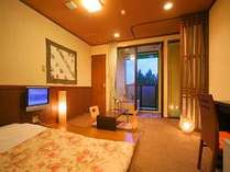 大人気のお部屋です♪和の落ち着いた空間が素敵なひと時を演出。フローリングにお布団を敷いています。