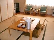 客室からは、豊平川を望めます