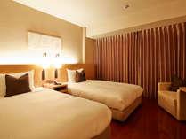 【インスパイアド2ベッド】20平米/110cm幅ベッド2台 ※当日の状況によりインテリアカラーが異なります