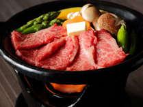 日本一にも輝いた最上級豊後牛「おおいた和牛」を焼きたてが楽しめる陶板焼きで