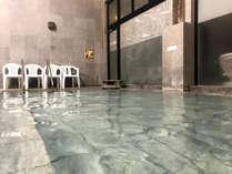 *【温泉】夜9時以降は宿泊の方のみの利用となり、広い大浴場をお楽しみいただけます。