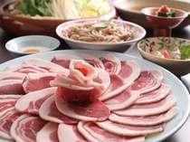丹波の黒豆を食べて育った上質な猪肉を使ったボタン鍋