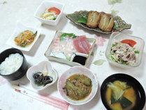 *【夕食一例】屋久島の山海の恵を手軽に食べられます!