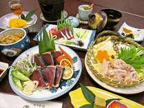 【土佐会席】『鰹のタタキ』と『四万十鶏』をメインに、県内産の食材をふんだんご提供いたします。