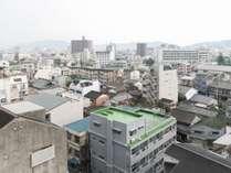 【お部屋】街側からの眺め