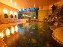 深夜12時までご入浴いただけます。旅のお疲れを古より伝わる玉造温泉の湯で癒してくださいませ。