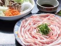 【トトリコ豚しゃぶしゃぶ】柔らかさ、脂の旨みが違う! 甘い豚肉の脂の旨味をご賞味くださいね。