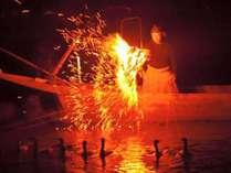 伝統的な漁法「鵜飼」を間近で楽しむ