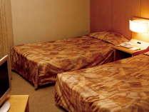 ≪客室例≫カップルやお友達との2人旅に最適♪清潔な室内は女性のお客様にも安心・快適ご利用頂けます☆