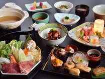 飛騨牛などの地元ブランド食材をはじめ、 旬の食材をふんだんに使用した田島館オリジナル会席