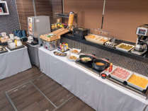 和・洋の朝食ビュッフェ蒸し料理や鍋物も♪