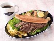 ◆【宿泊者限定】朝食サンドセット(サラダ・チップス・ドリンク付 )*自家製 リブコーンビーフ サンド◆