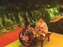 【貴船荘】京の夏の風物詩、貴船の川床。お食事イメージ