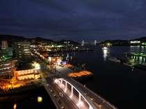 当ホテルから臨む長崎港の夜景