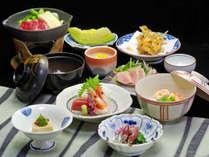 【スタンダード】お食事はお部屋又は個室で♪心和むふるさと会席&和朝食をどうぞ