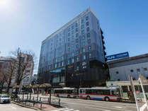 【外観】駅から徒歩1分・JR 山手線五反田駅より徒歩1分。