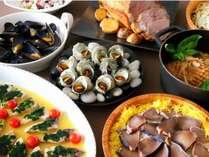 夕食「ファイン・ディナービュッフェ」(イメージ)は季節によりメニューが異なります。