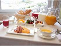 ルームサービスでの予約制の朝食