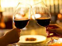 これぞ大人の贅沢…ワインを傾けながら、伊豆山海の幸をゆったり愉しむ。