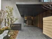 *東京散策を楽しんだ後は、ゆったりとした豪華なアパートメントへ。*
