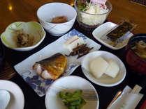 【朝食付】富山産コシヒカリ使用の和朝食で1日の元気をチャージ