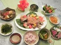 アクアパッツアがメインディッシュの夕食一例