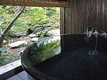 【露天風呂付客室】 ※そよ風が心地良い、いつでも「私だけの温泉」が楽しめるという贅沢を。