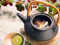 【秋1番人気】牛ステーキ&鮑の踊り焼き会席&カニ付★さらに松茸の土瓶蒸しで秋を感じる♪7つの特典付♪