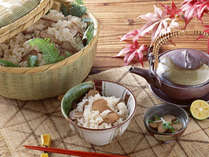 【松茸の土瓶蒸し・すき焼き・ホイル焼き・茶碗蒸し・釜飯…なんと5品!】松茸三昧会席☆☆7大特典付!