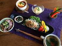 フードセラピーの考えの元、心と体に優しい美味しいお食事でおもてなしいたします