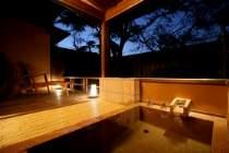 部屋付露天風呂一例 薺
