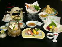 【本館】 のんびりお部屋食で会席料理プラン!