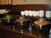 和洋食バイキング朝食で元気な一日のスタート☆【営業時間 6:45~9:00】