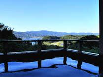 *露天風呂(ご婦人用) 奥浜名湖を眺めながら、季節の風を感じての~んびり♪