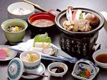 ■ご夕食「みちのく御膳」(一例。夕食時間17:00~21:00 オーダーストップ20:30)