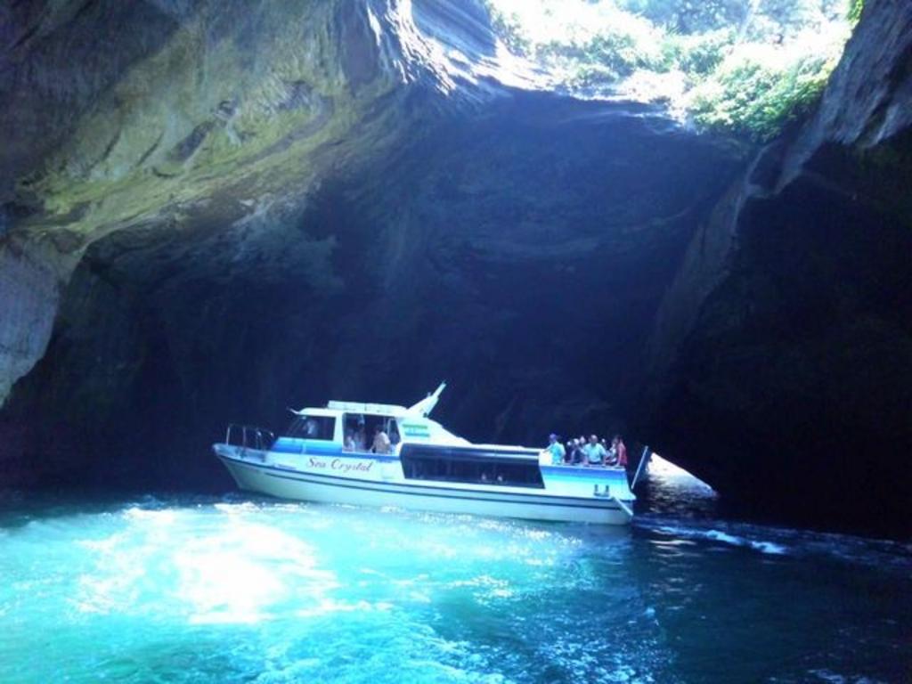 堂ケ島 洞窟めぐり遊覧船