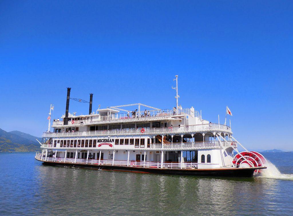 ミシガンクルーズ(琵琶湖汽船)