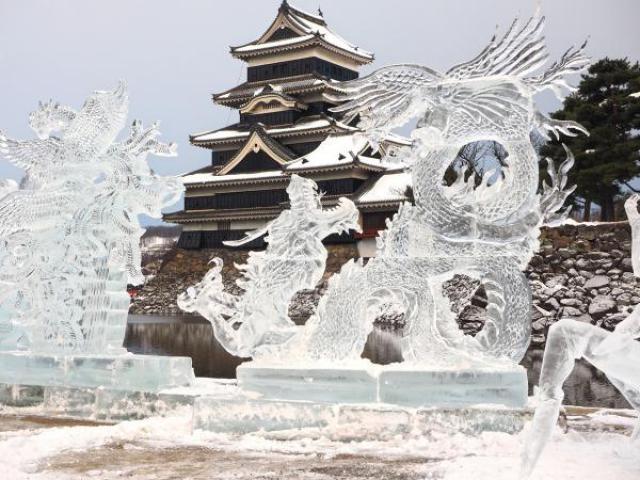 国宝松本城氷彫フェスティバル