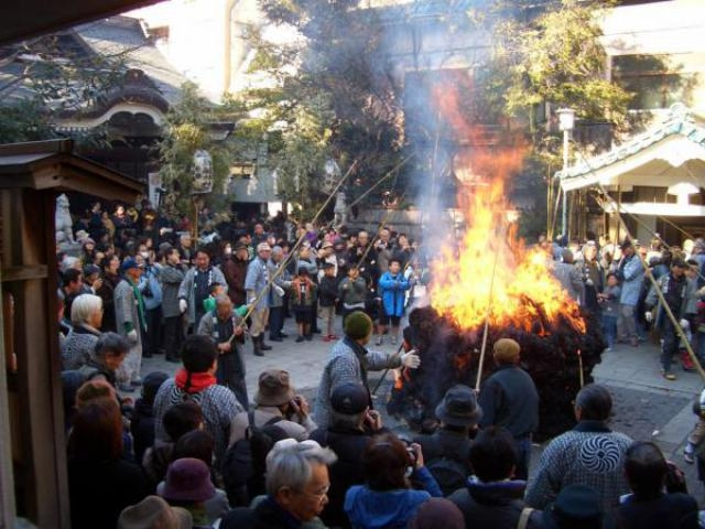 鳥越神社 とんど焼