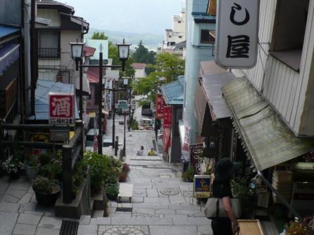伊香保温泉の石段街 by じゃらんnet